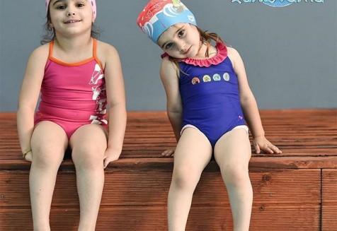 💦Η παιδική κολύμβηση στα χελωνάκια αφορά τις ηλικίες από 4 έως και 8 ετών.. Το παιδί μαθαίνει να είναι ανεξάρτητο στο νερό υπό την αυστηρή επίβλεψη Καθηγητών Φυσικής Αγωγής με ειδικότητα κολύμβηση! #παιδικήκολύμβηση #kidsswimming